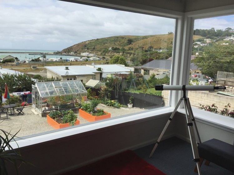This home-turned-upscale backpackers is a budget-friendly hostel in Oamaru, New Zealand
