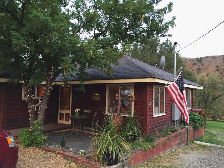 small hostel north of yellowstone