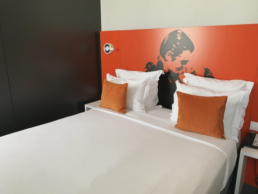 Hotel Star Inn Lisbon Aeroporto is the best place to stay in Lisbon, Portugal on your way in or out of the city. It's right at the airport so you can easily catch an early morning flight or get some sleep as soon as you land. Read on for my full review.