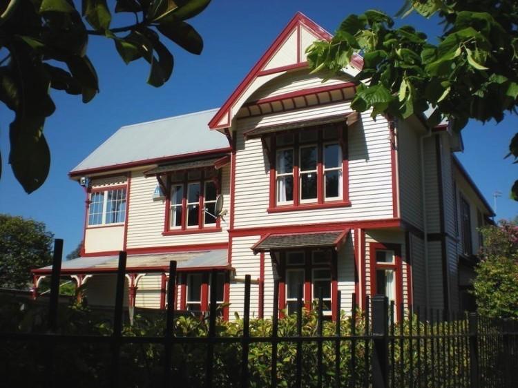New Zealand Hostel Guide: Rolleston House YHA Christchurch