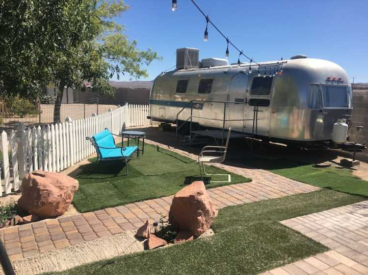 8 Awesome & Affordable AirBnBs in Las Vegas