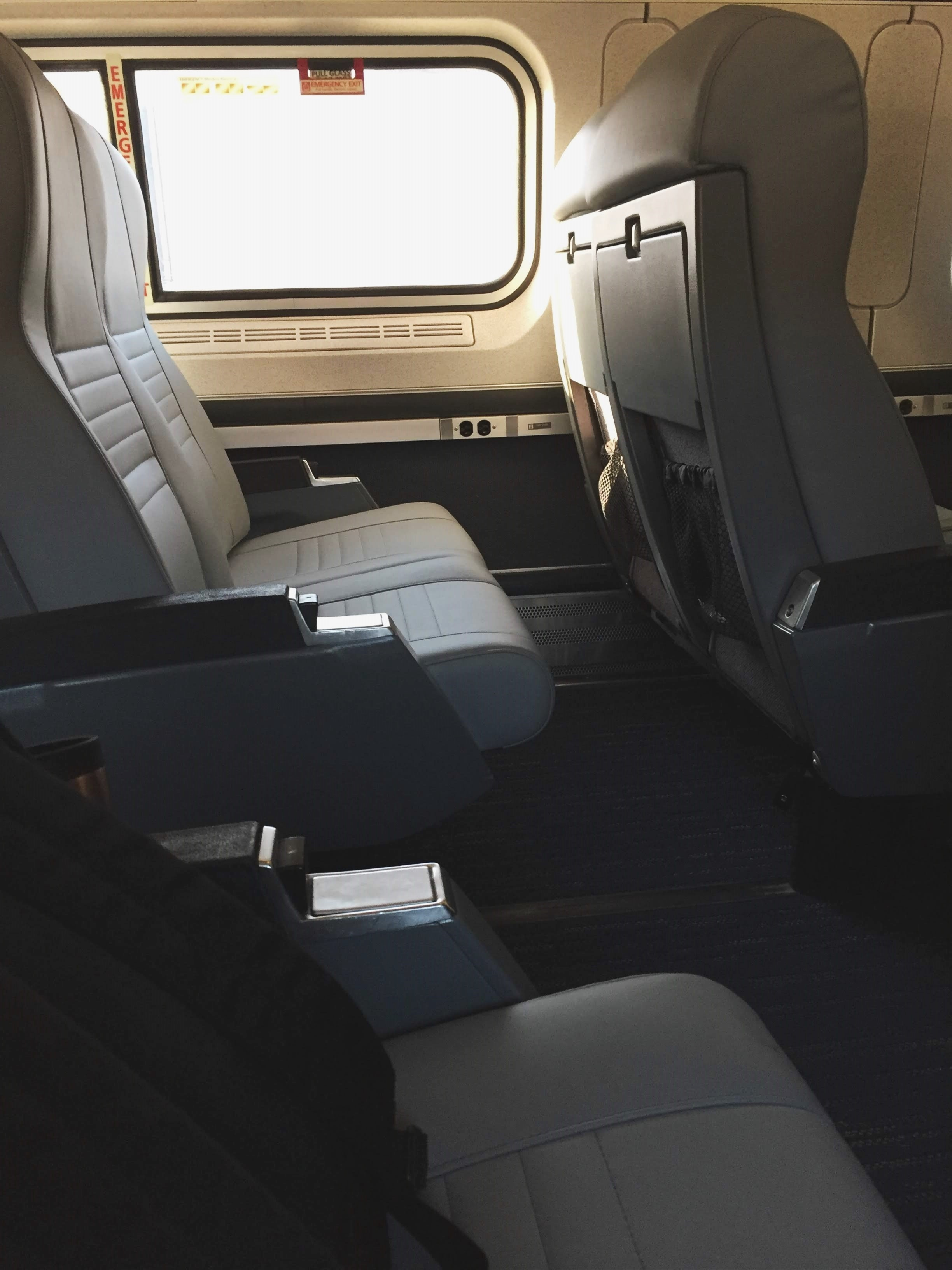 Amtrak Missouri River Runner: Taking the Train from St. Louis to Kansas City #amtrak #traintravel #train