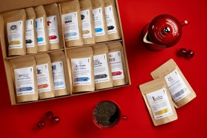 15 Useful Gifts for Coffee Lovers Who Travel: Bean Box World Coffee Sampler