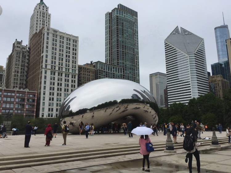 24 Hour Guide to Chicago on a Budget #chicago #budgettravel #traveldaze